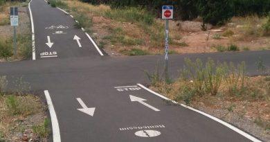 Muere un ciclista de 75 años en una colisión con un coche en la calle Sigalero de Benicàssim