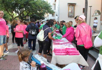 Cerca de 200 personas contra el cáncer de mama en Benicàssim