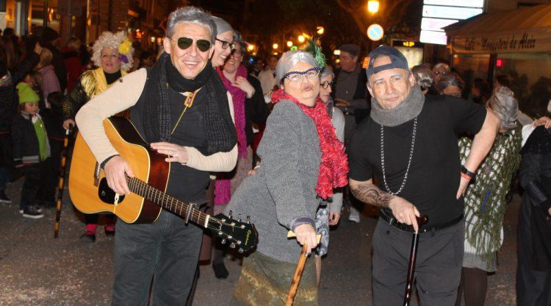 Benicàssim celebrará el Carnaval con un desfile de disfraces y discomóvil