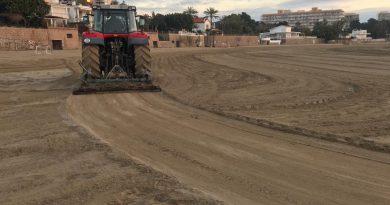 Arranca la preparación de las playas para la temporada en Benicàssim