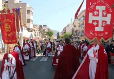 La tamborrà marca el ritmo de la Semana Santa en Benicàssim