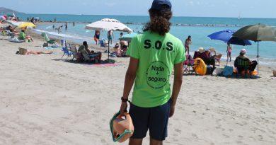 Dimiten socorristas de las playas de Benicàssim por «falta de material»