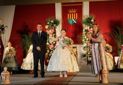 Marina Pauner proclamada nueva reina de las fiestas de Benicàssim