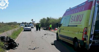 Fallecen dos motoristas en un accidente en el camí la Ratlla