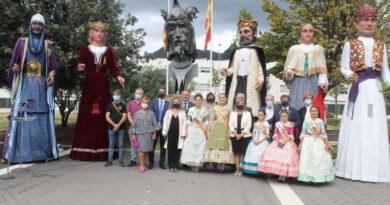 Benicàssim conmemora el 9 d'Octubre con la tradicional ofrenda a Jaume I